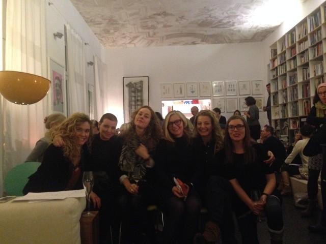 Mig og fem overraskede veninder lørdag aften